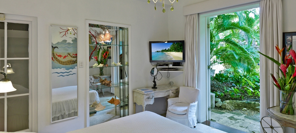 nelson-gay-barbados-accommodation-erte-bedroom